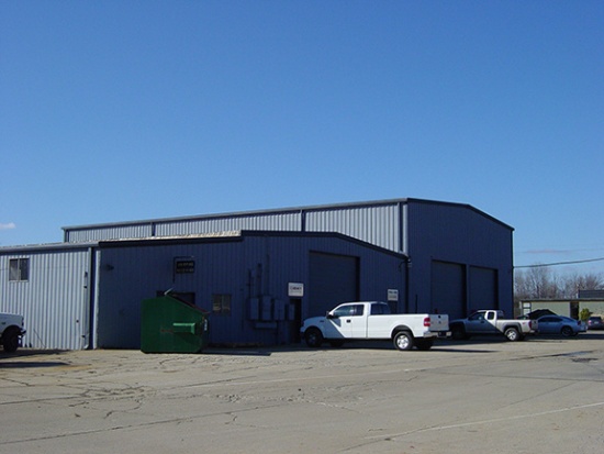 8 750 Square Foot Industrial Space For Lease 3816 Bishop