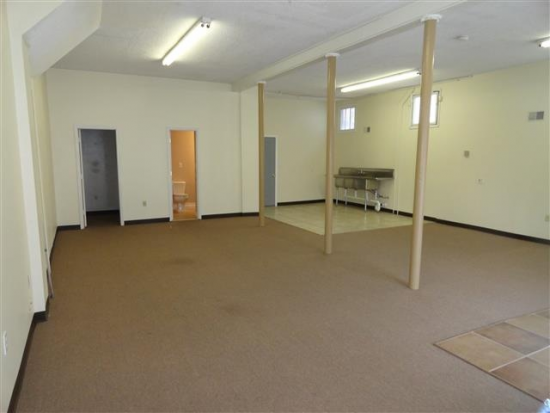 1 000 Square Foot Office Space For Lease 1371 Belmar