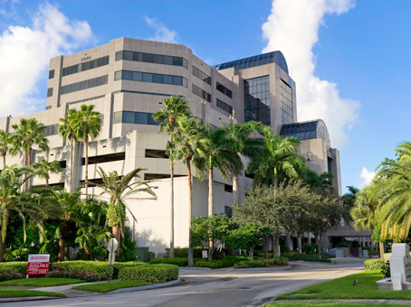400 square foot office space for lease 3801 pga boulevard 6th flr palm beach gardens fl for Palm beach gardens post office