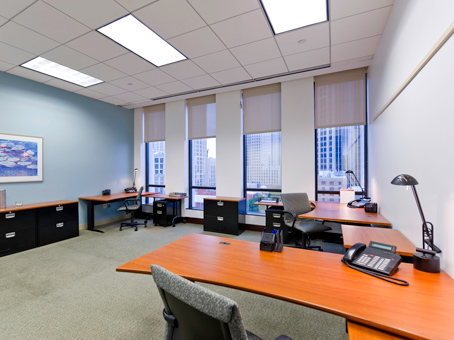 125 Square Foot Office Space For Lease @ 401 North Tryon Street   10th Flr