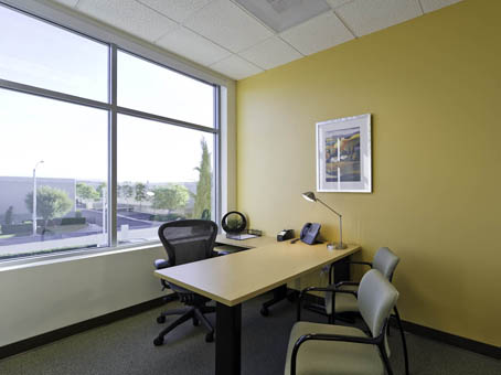 2 000 square foot office space for lease 11801 pierce